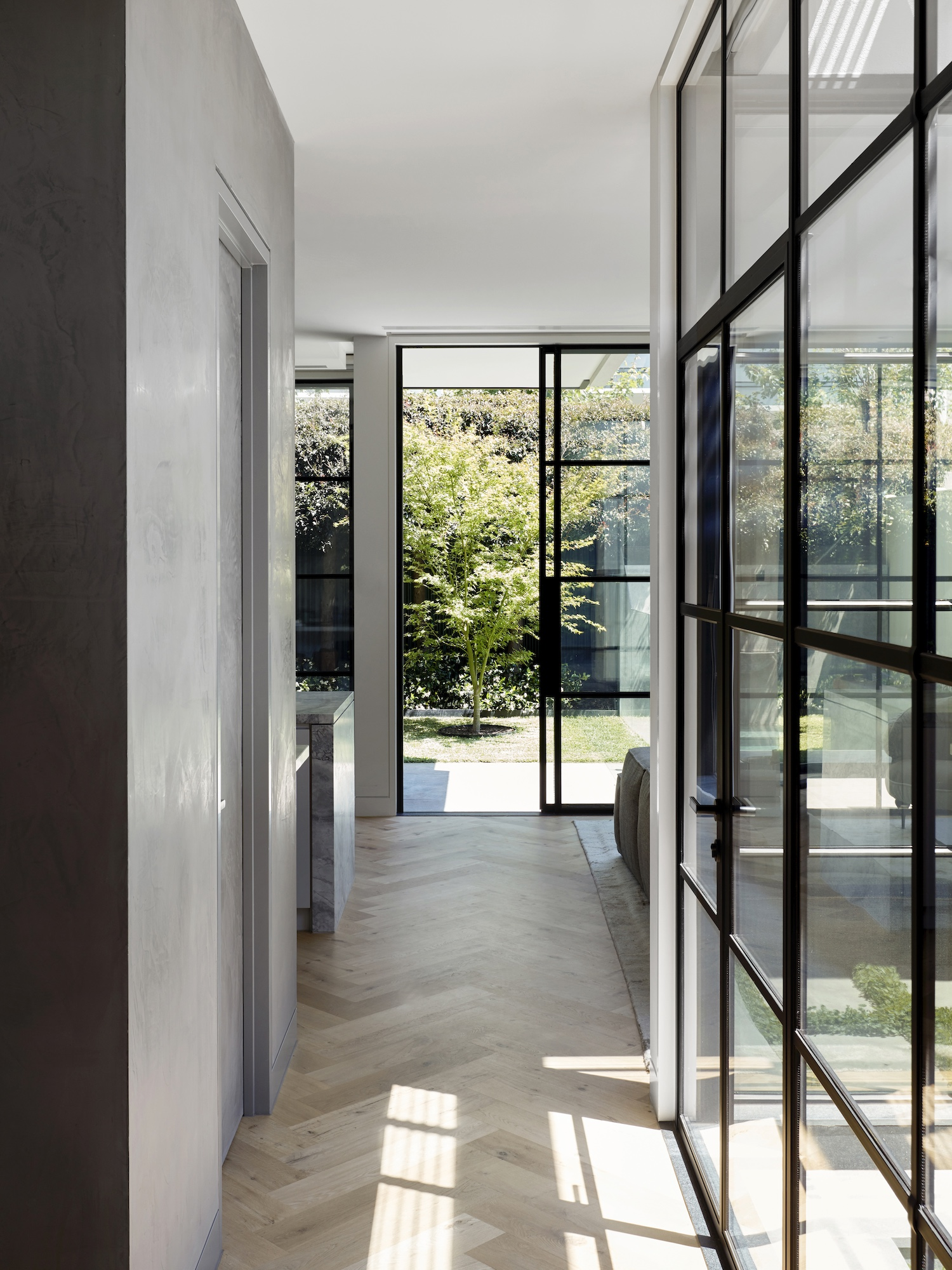 est living mim design sar residence 19