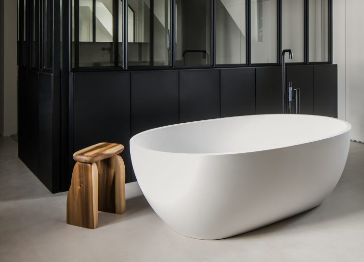 Bathroom Covet | Six Freestanding Bath Styles
