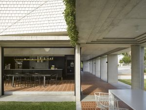 Teneriffe House by Vokes and Peters