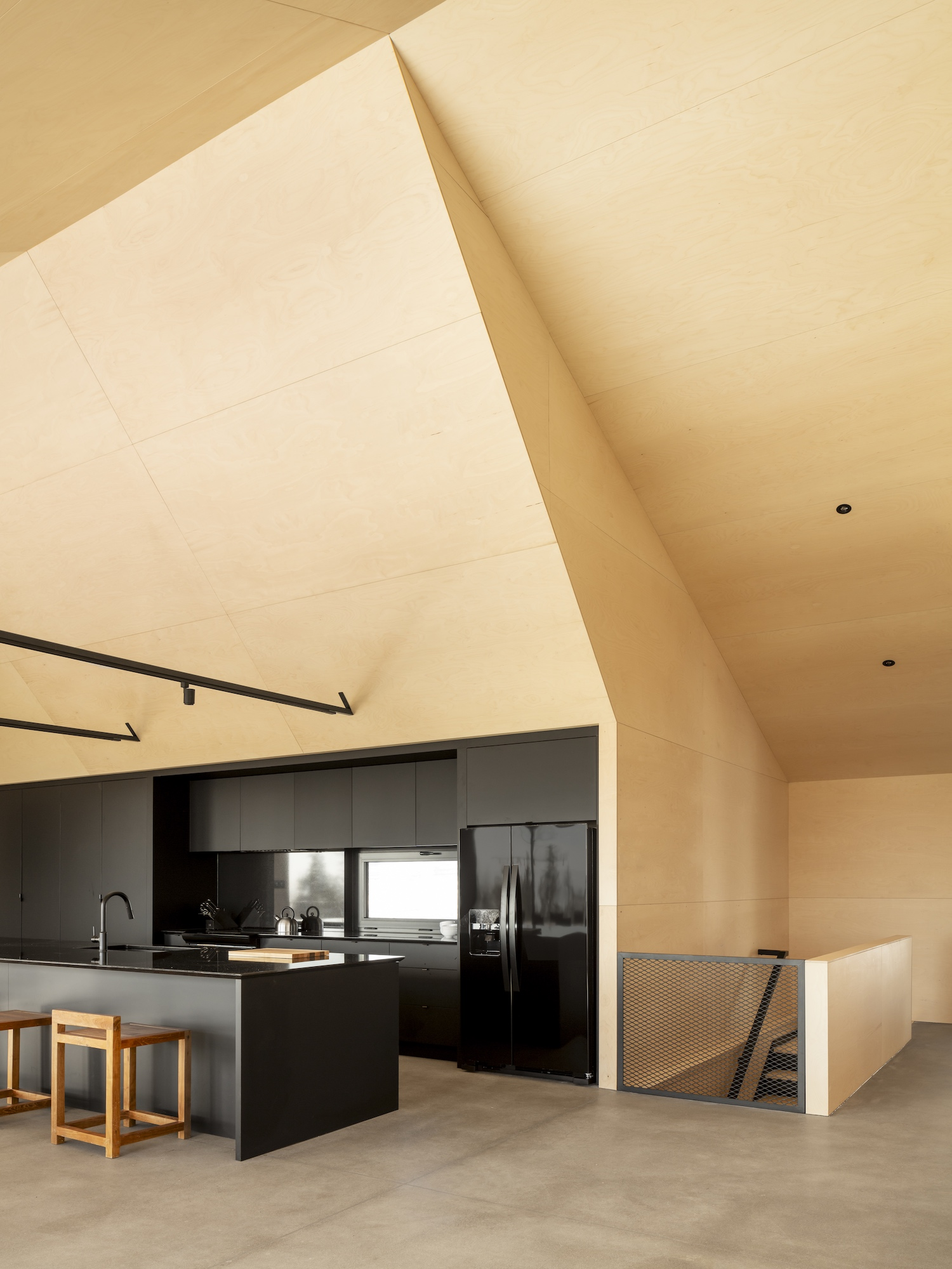 est living bourgeois lechasseur architects cabin a 07
