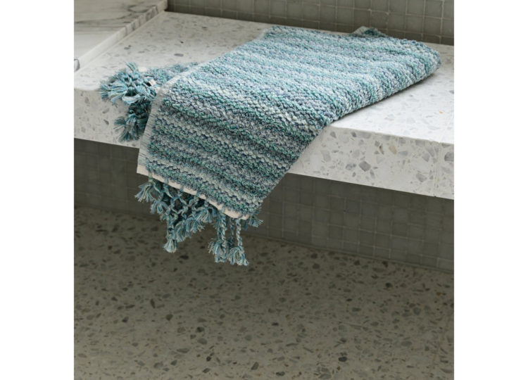 Loom Ocean Wave Bath Mat