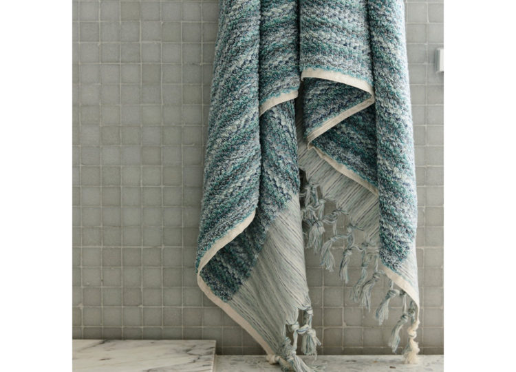 Loom Ocean Wave Bath Towel