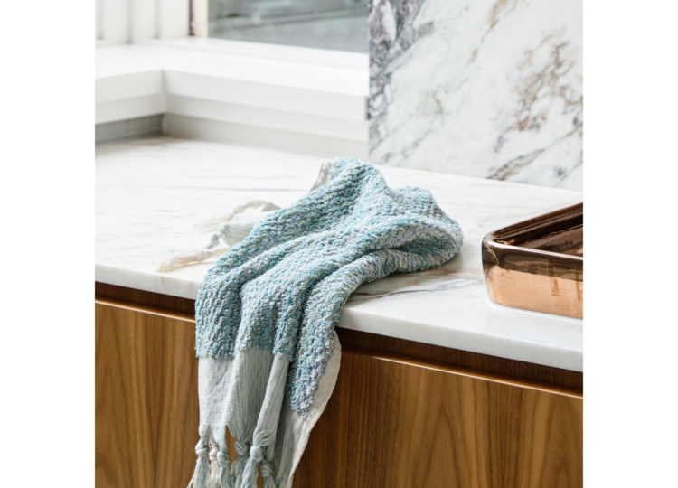 Loom Ocean Wave Hand Towel