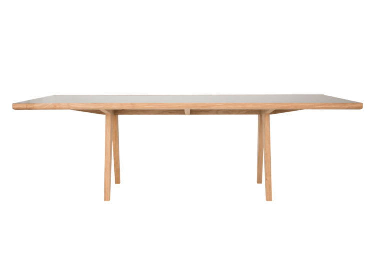 est living robert plumb scissor dining table 750x540