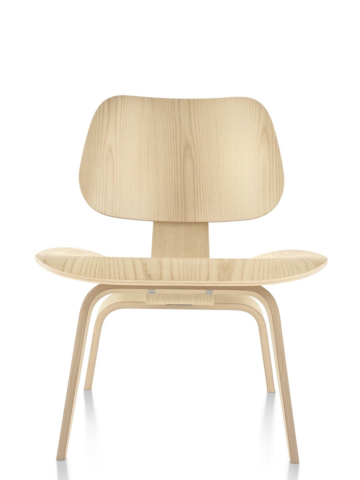 est living the icon lcw eames plywood chair herman miller 1 1