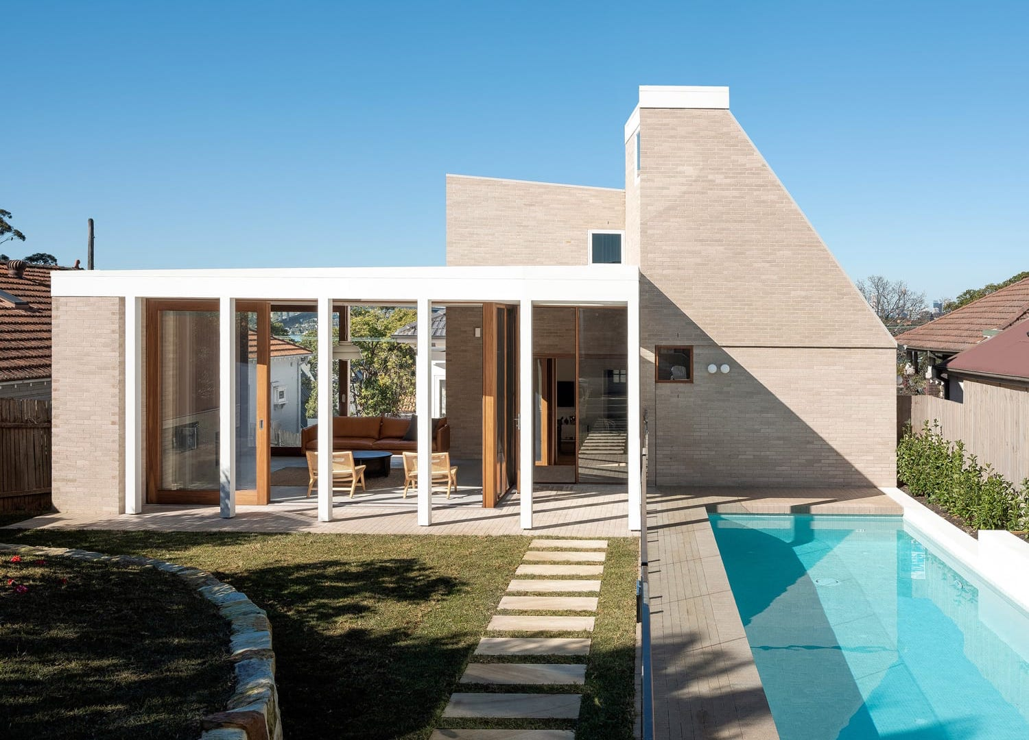 est living Henley Clays House Benn and Penna Architects 4