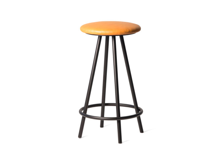 est living great dane gemla hof barstool 750x540