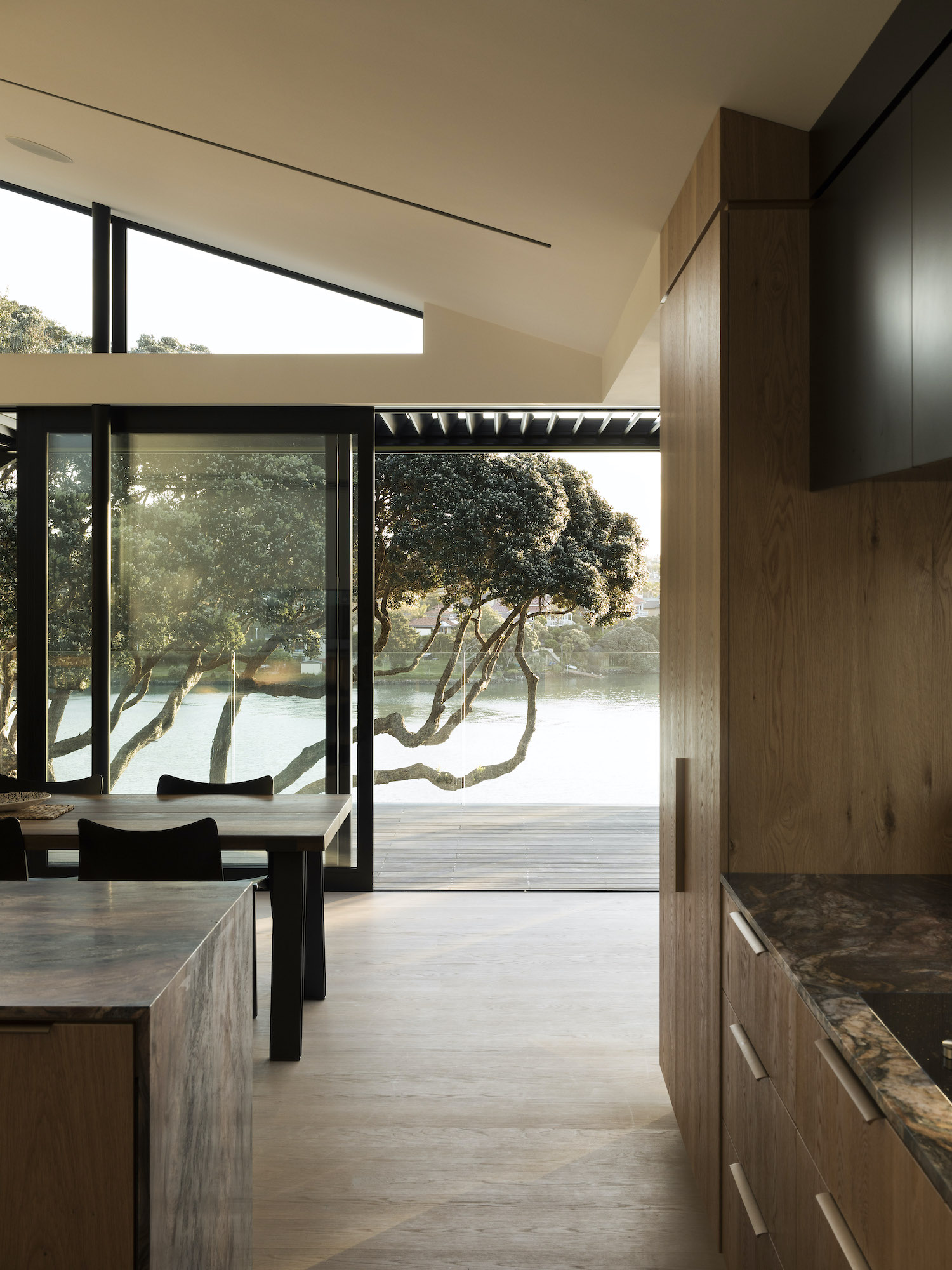 est living herne bay hideaway lloyd hartley architects7
