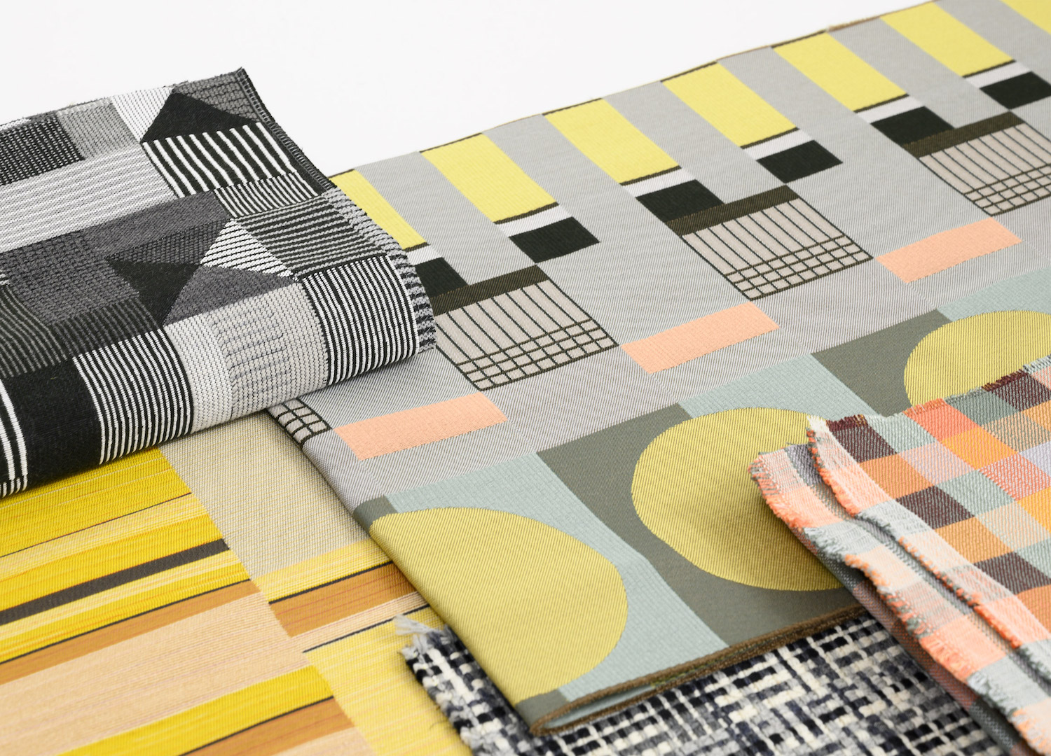 est living the bauhaus project designtex