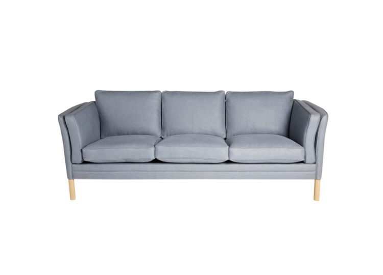 est living great dane klassic sofa 01 750x540