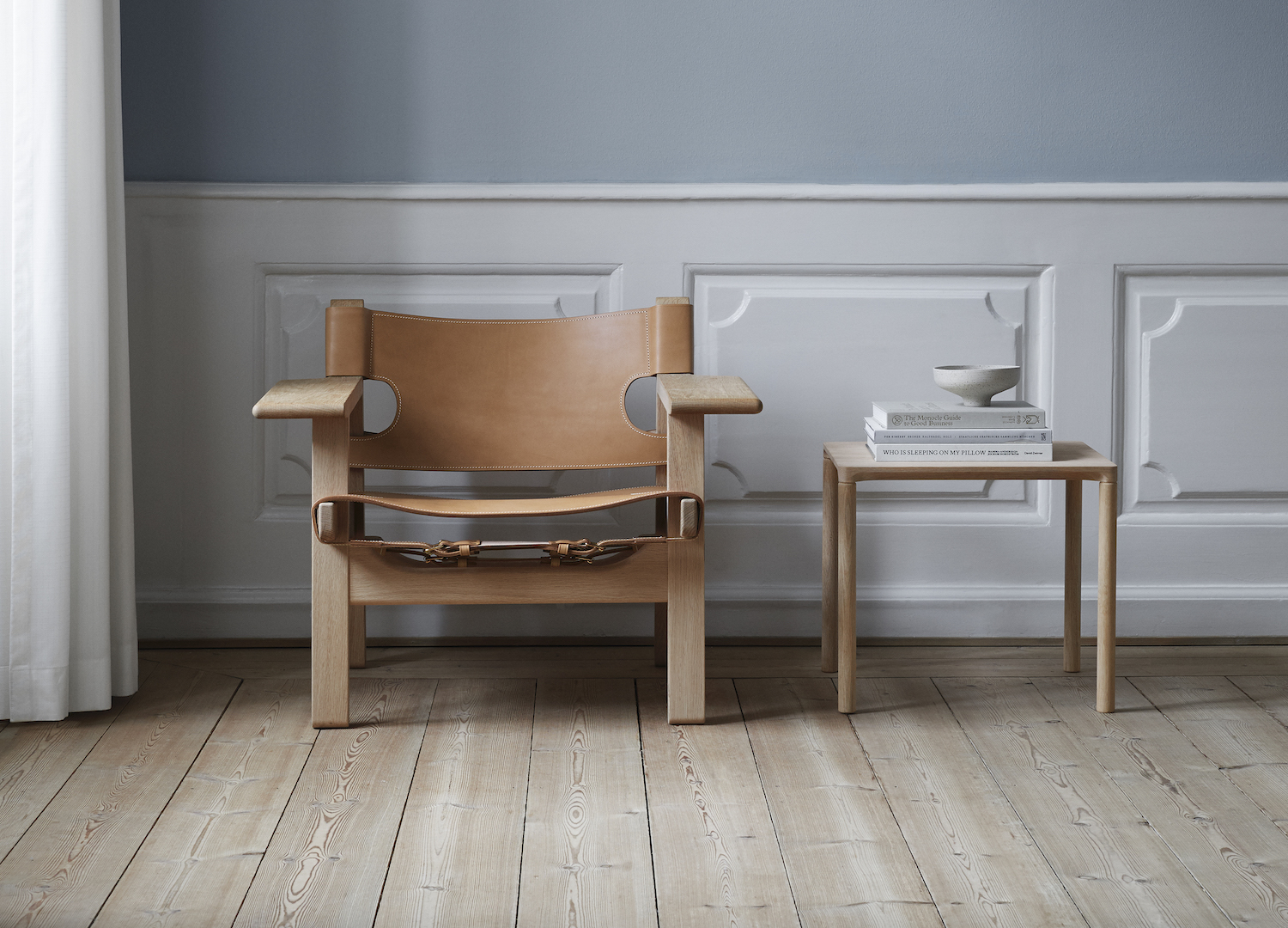 est living spanish chair fredericia great dane 1