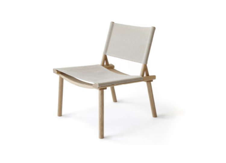 est living twentytwentyone december chair 750x540