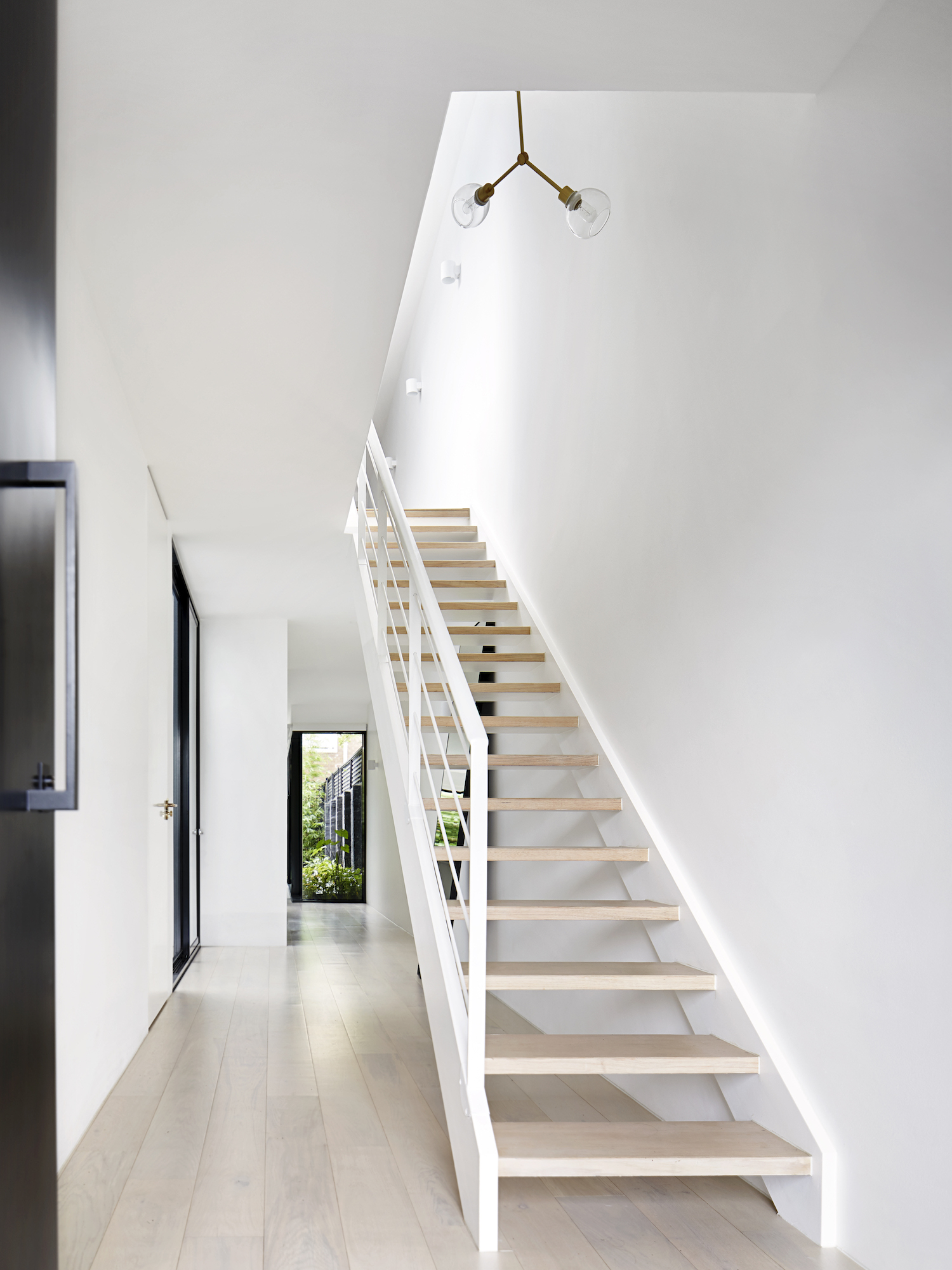 est living winter architecture south yarra townhouse 14
