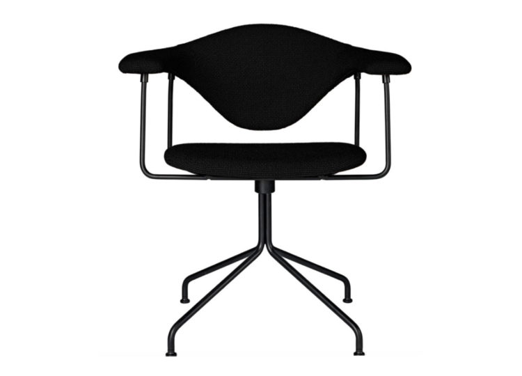 GUBI Masculo Meeting Chair – Swivel Base