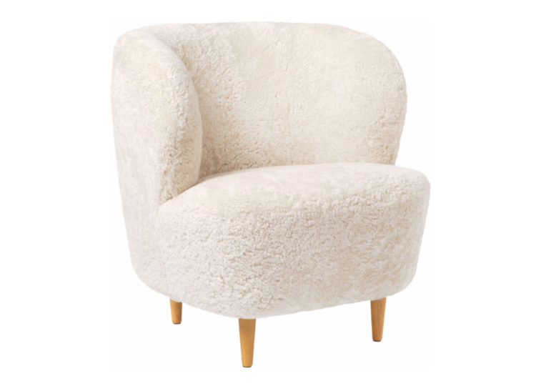 Gubi Stay Lounge Chair Sheepskin
