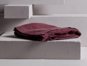 Minerale / Duvet Cover (Aubergine)