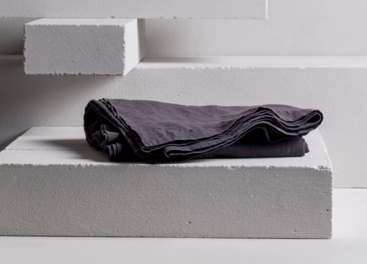 Minerale / Duvet Cover (Charcoal)