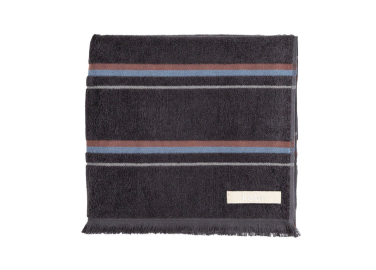est living kobn charcoal towel 1 750x540