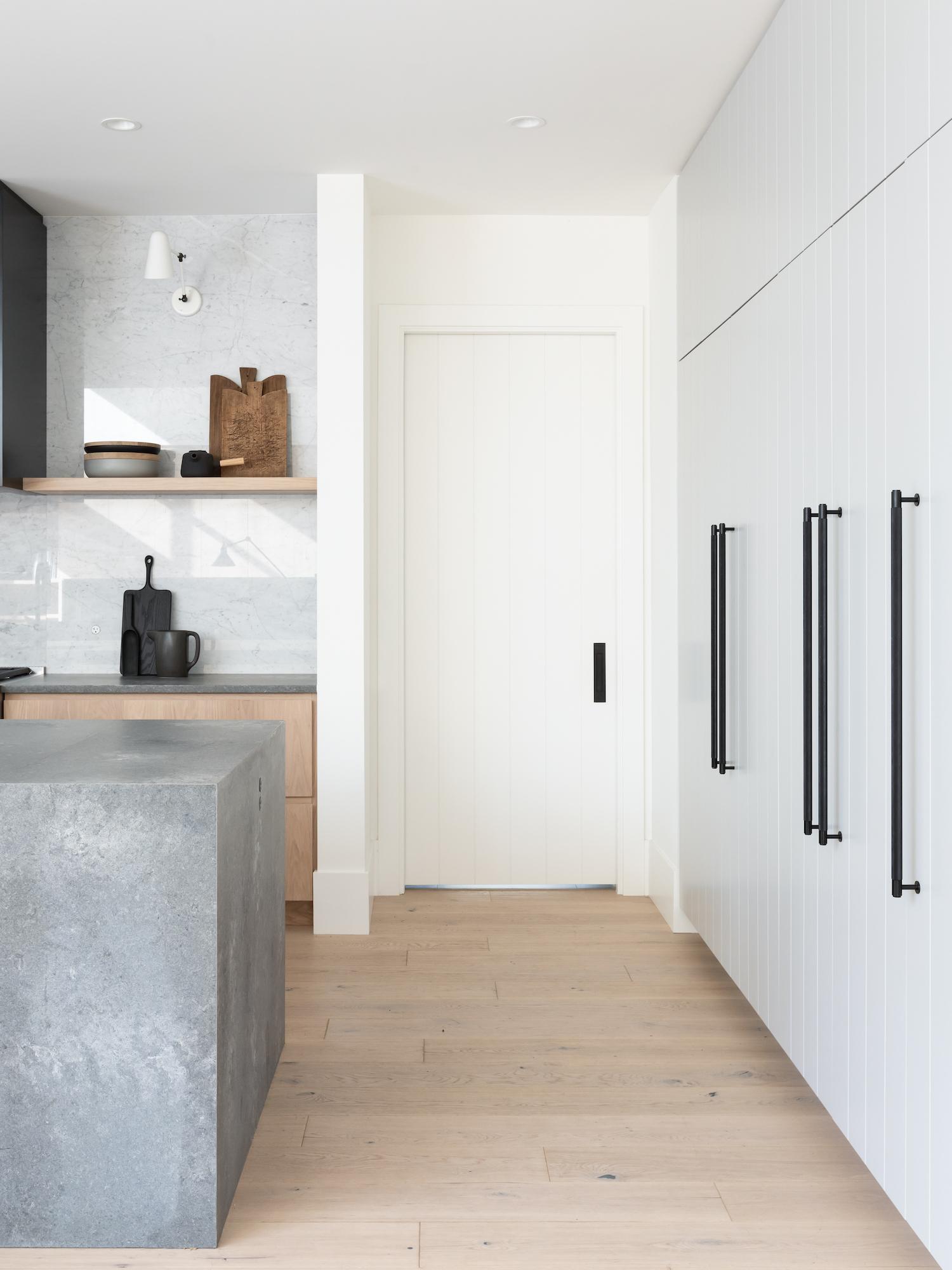 est living modern farmhouse sophie burke design 13