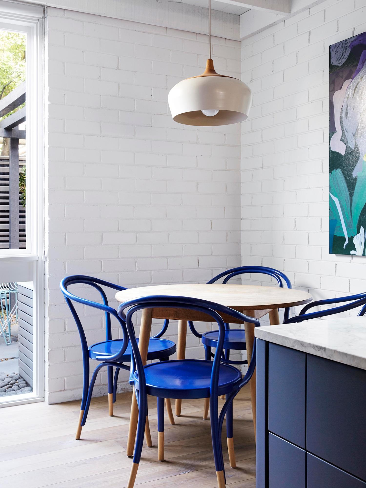 est living compact kitchens fitzroy north townhouse lisa breeze 4 1