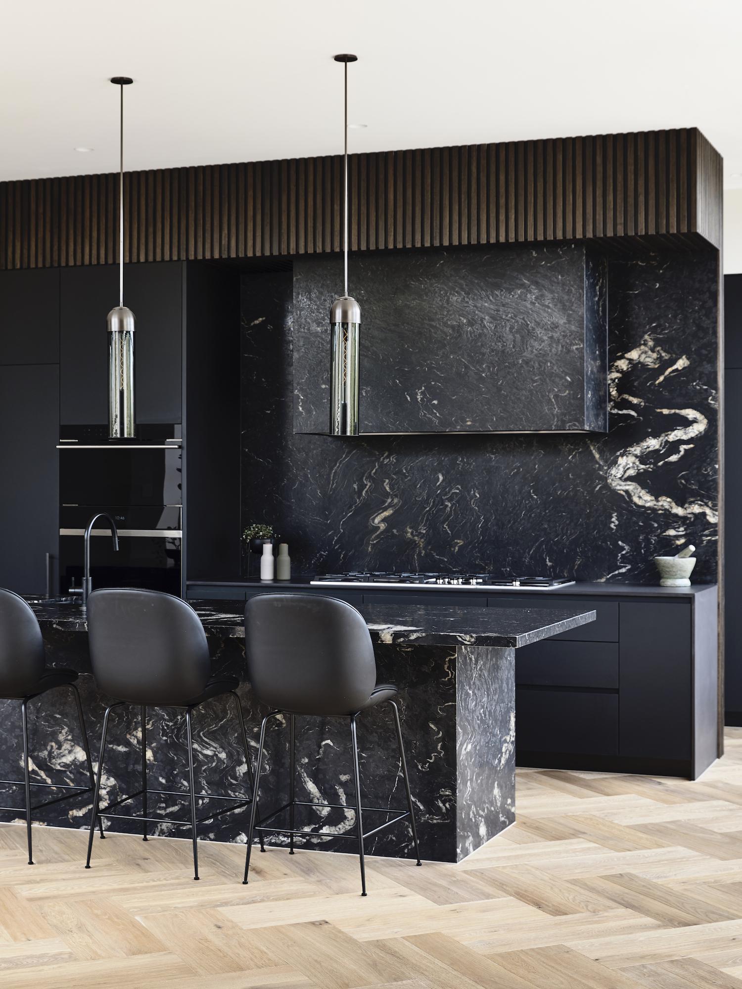 est living dutch gable house austin design associates 04