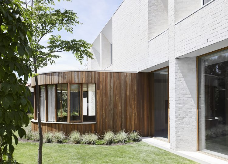 Beaumaris House by Clare Cousins Architects