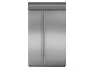 Sub-Zero Classic Series Side-by-Side Refrigerator/Freezer with Internal Dispenser