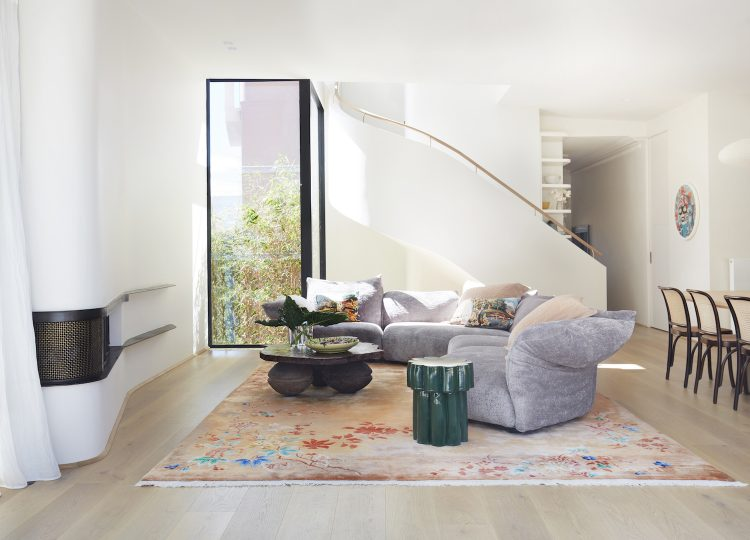 Living | La Casa Rosa Living Room by Luigi Rosselli Architects and Arent&Pyke