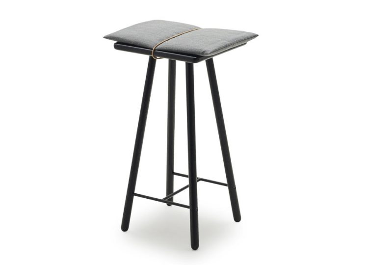 Skagerak Georg Counter/Bar Stool (Black Oak/Light Grey)