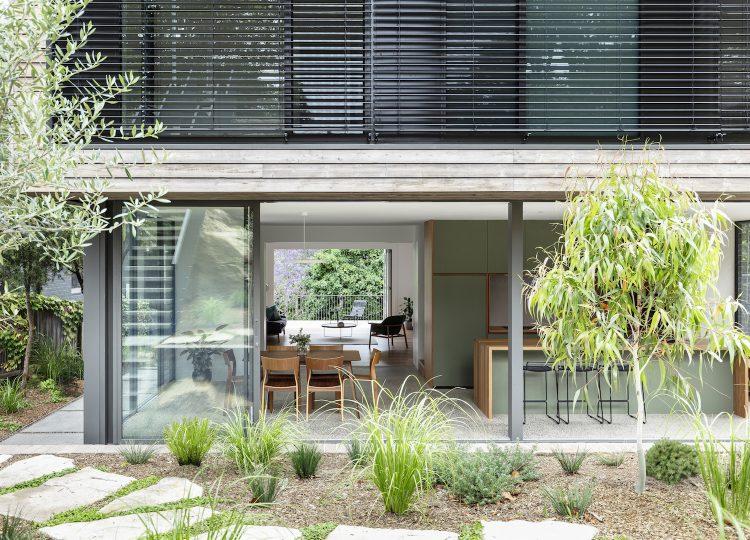 est living studioplusthree cooks river house 10 750x540