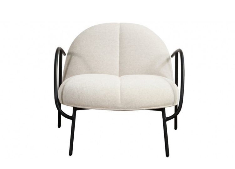 est living wendelbo halfhalf lounge chair 01 750x540