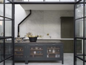 Exploring Colour in the British Shaker Kitchen