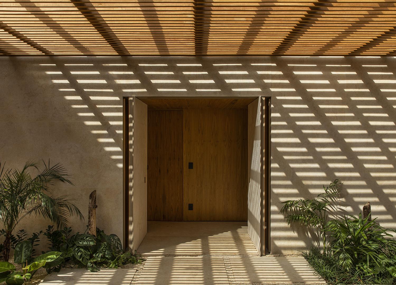 Brazilian Residence by MF Arquitetos