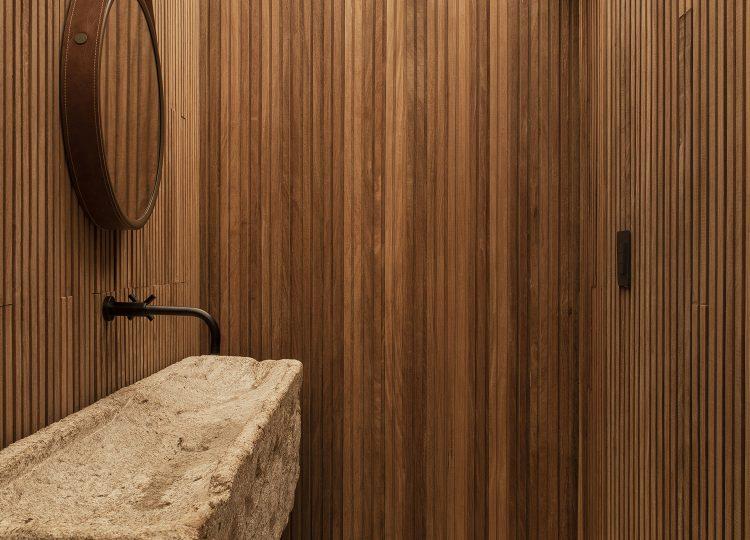 Bathroom | Q04L63 House Bathroom by MF Arquitetos