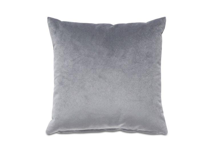 est living boconcept velvet plain cushion 01 750x540