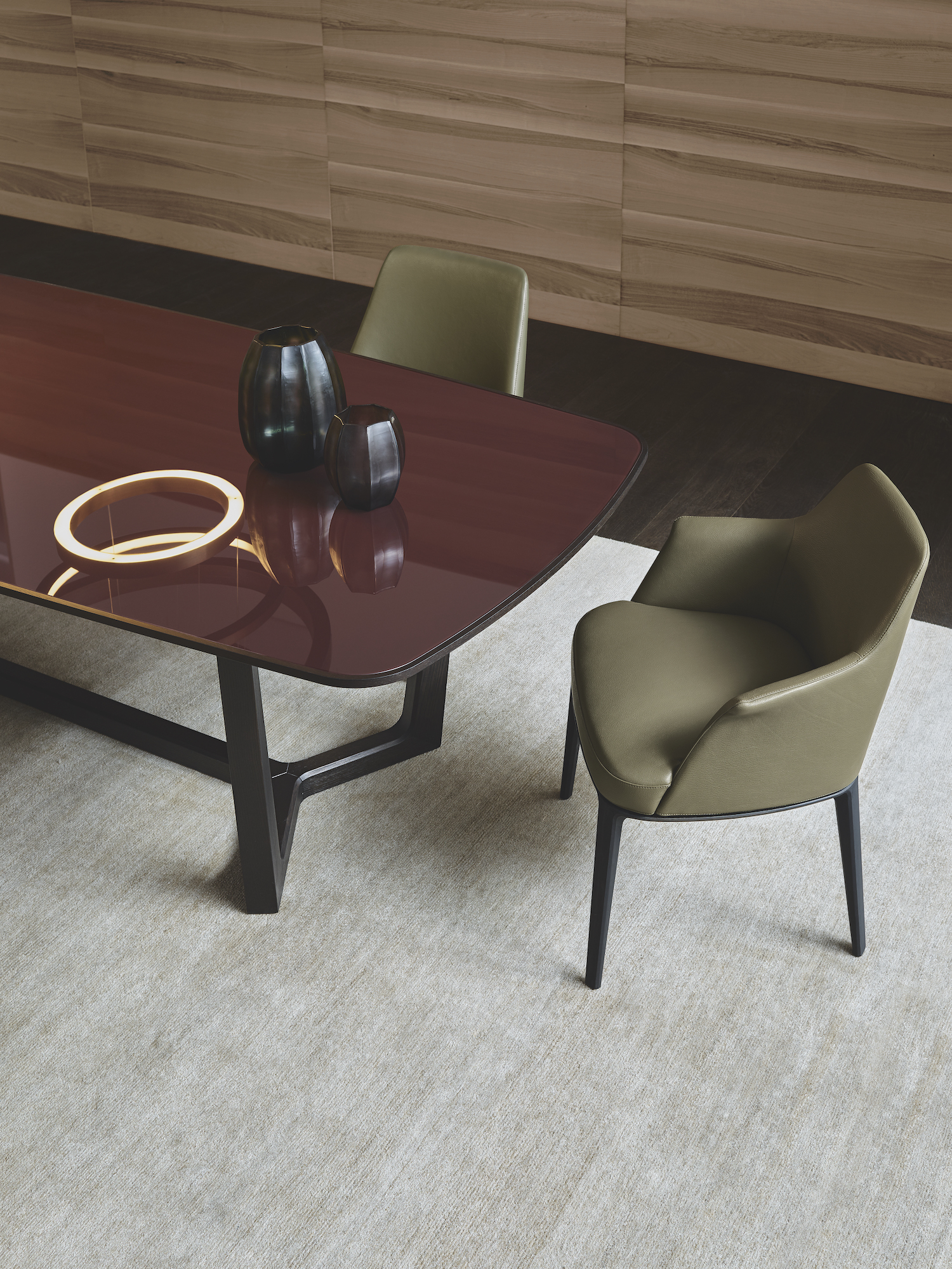 est living future classic concorde table 20
