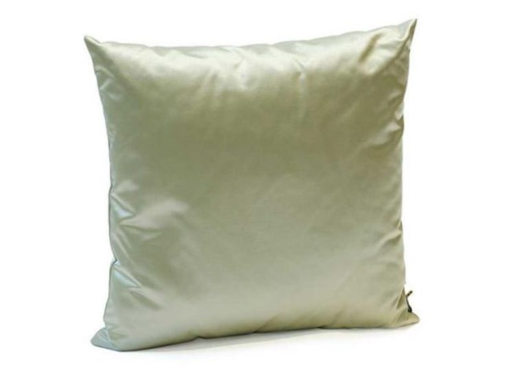K-3 Satin 61 Cushion