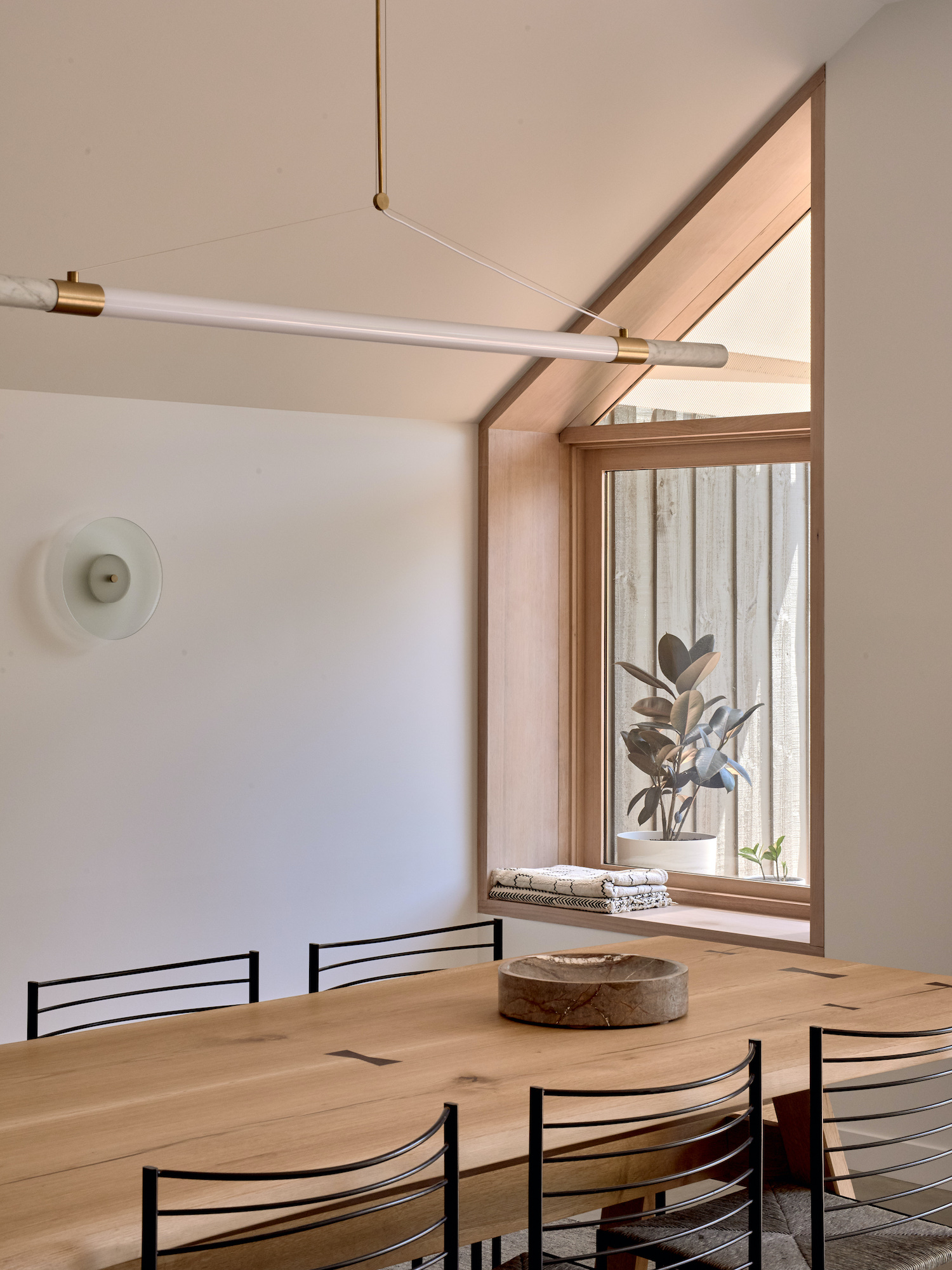 Bianco House Ha Architecture Fisher Paykel est living 12