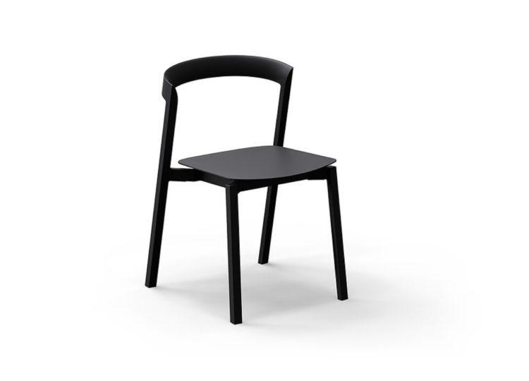 VUUE Mornington Stacking Chair Indoor / Outdoor