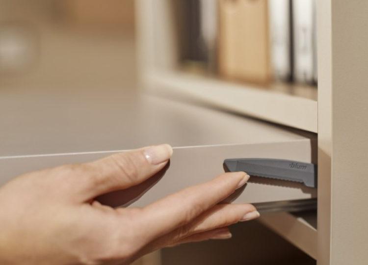 Blum Pull-out shelf lock