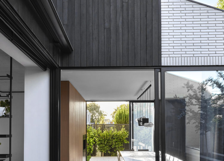 Outdoor Living | Caulfield North Residence Outdoor Living by Travis Walton