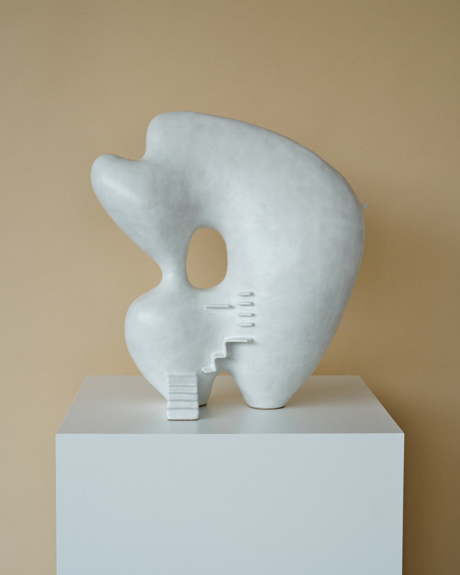 est living Kieu Tran Artist Sculptor 12