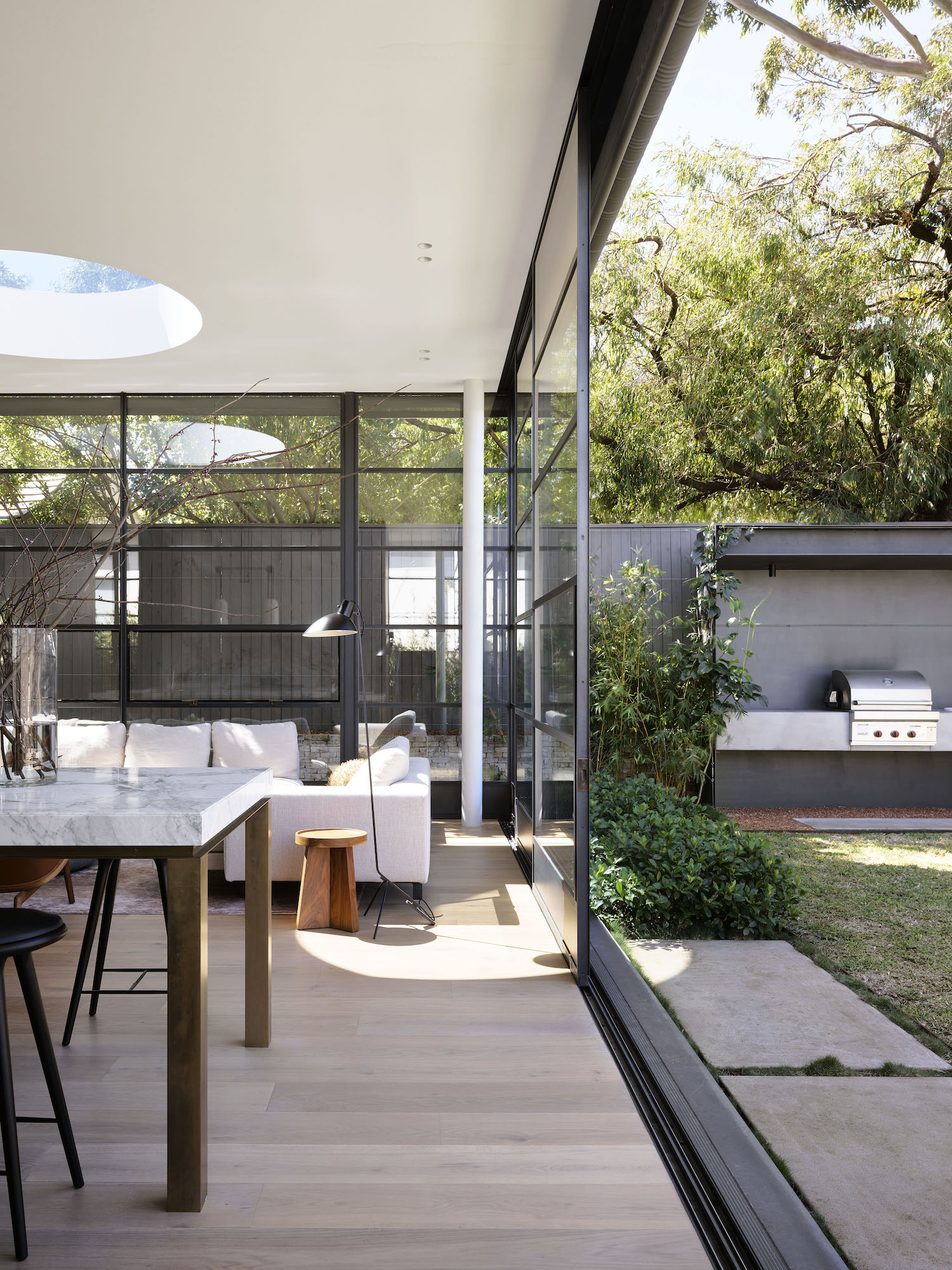 est living bellevue hill house pohio adams architects 08